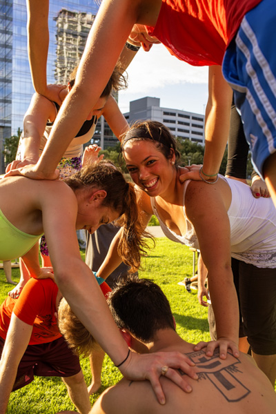 Who's up for a Circus Arts class at the park?